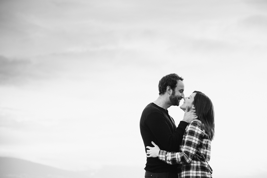 vancouver winter beach engagement session 02