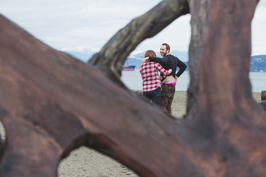 vancouver beach engagement session 18