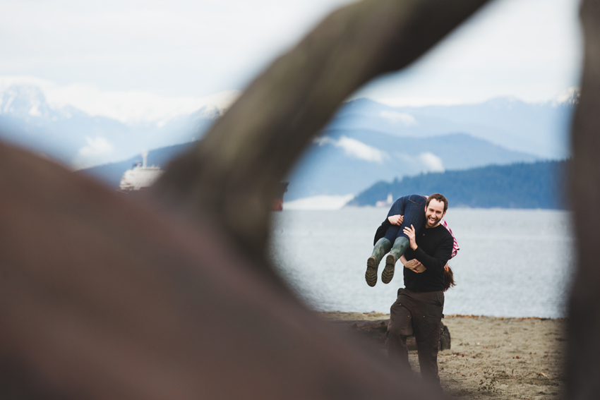 natural engagement session and candid portraits