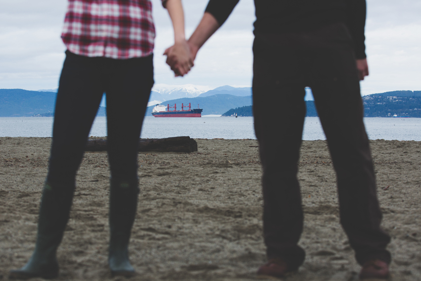vancouver winter beach engagement session 26