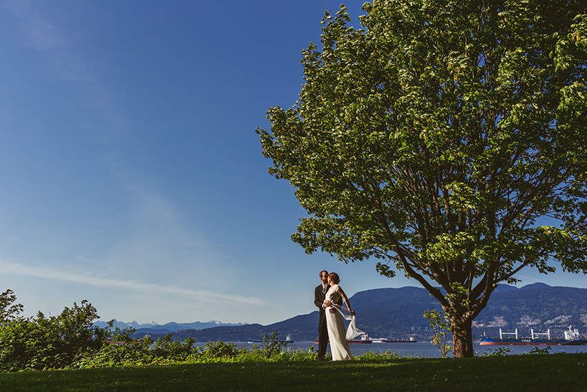 brock house wedding at jericho beach in vancouver