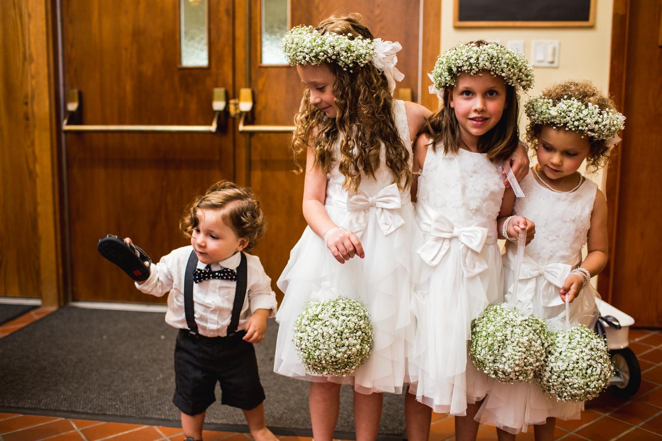 Ð?аÑ?Ñ?инки по запÑ?оÑ?Ñ? children at wedding