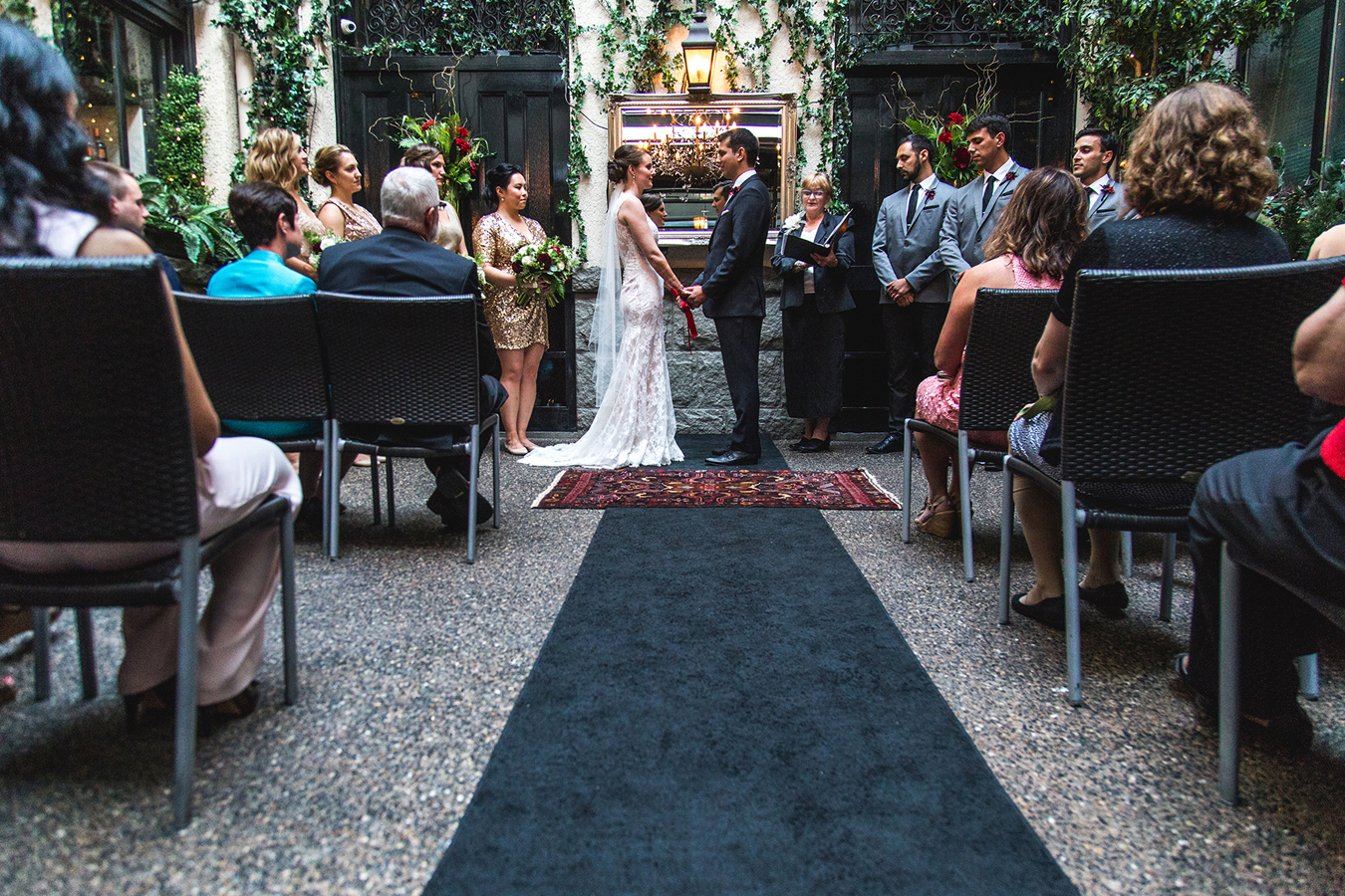 A wedding in the courtyard of Brix and Mortar