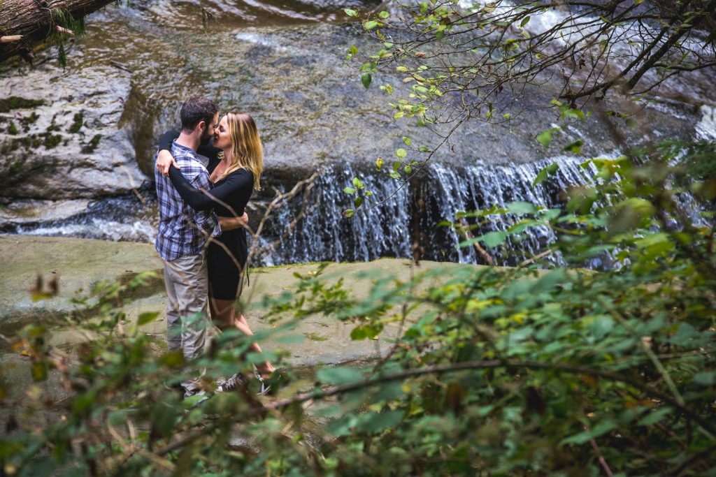 kanaka creek and waterfall portrait sessions