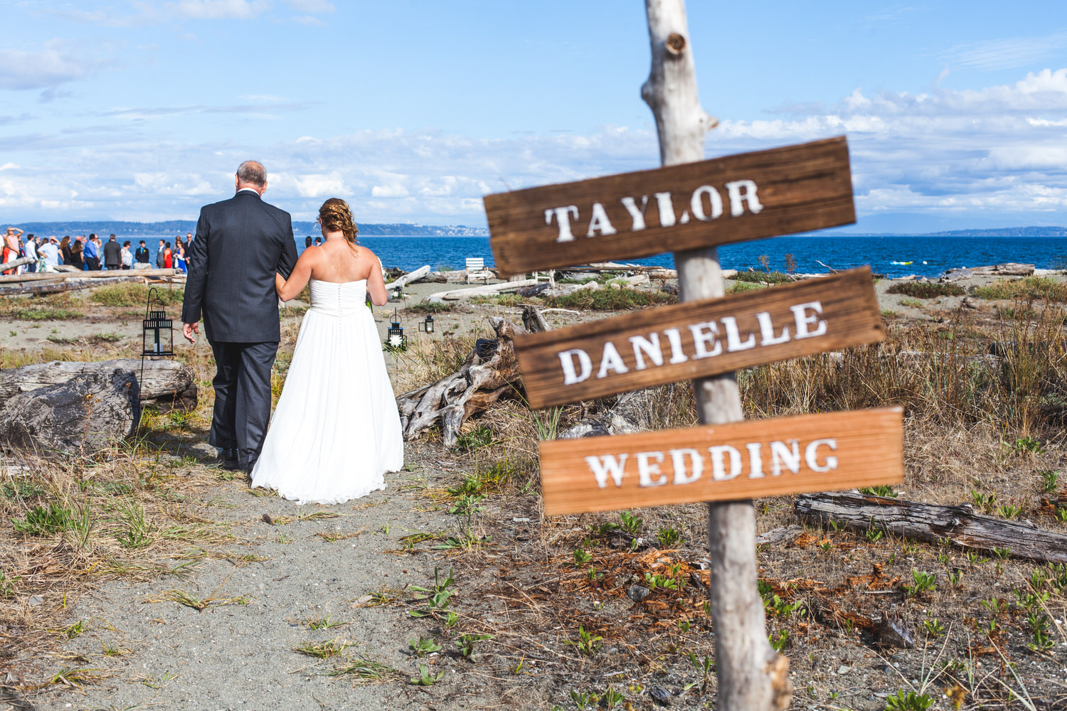 beach sign at wedding